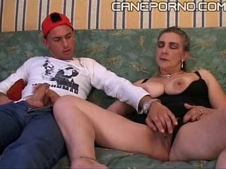 Son nails her mother - incesto italiano