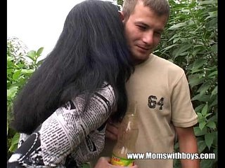 Young Gardener Gets To Fuck His Wild Mature Client