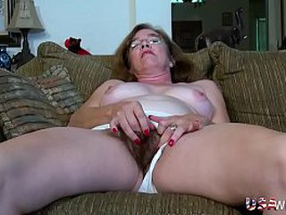 USAwives Wooly Granny Pusssy Fucked With Sex Toy