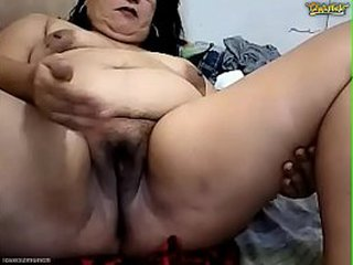 Pretty 50yo Filipina Granny Prettywildmatured4fun Gets Dirty on CB