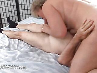 granny enjoy intercourse everywhere