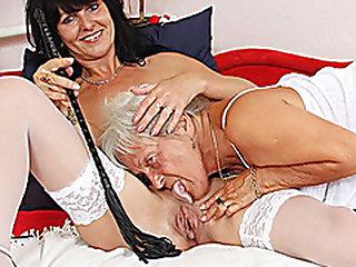 S/M granny licks warm milf in lesbian act