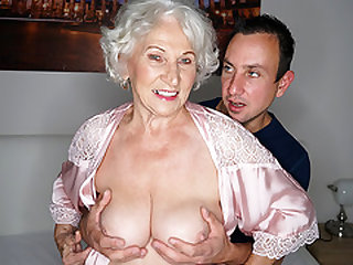 Granny cheating on her hubby with a junior guy