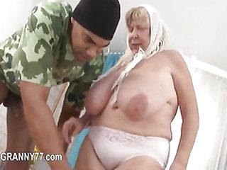 mature enjoy blowjob and hardcore sexing