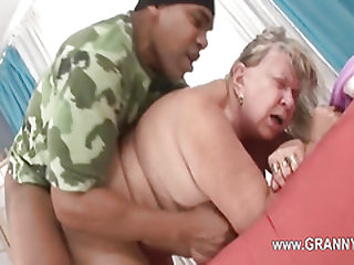 mature enjoy blowjob and hardcore tearing up
