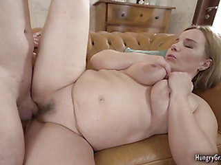 Bigtitted light-haired gets her old beaver ravished