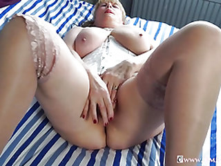 OmaGeiL Bevy of Hot Mature Films and Cootchie