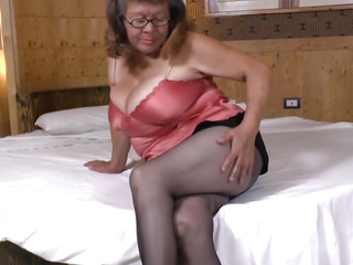 Latin big gorgeous woman Granny plays with immense sex device