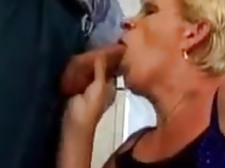Lush granny and her eagerness for ass fucking sex