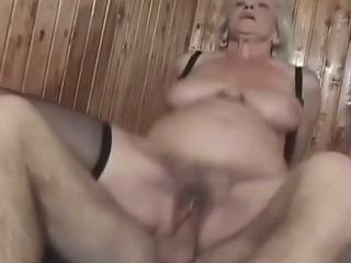 mature granny pussy pummeled