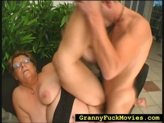 Granny spinned over to get fucked