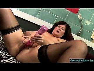 Granny jizzing with a fresh pound fucktoy